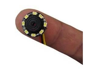 Superliten övervakningskamera med osynliga IR lampor